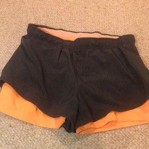 sport shorts fom H&M